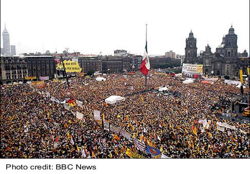 Millions demonstrate in Mexico City rally in support of Obrador - July 2006